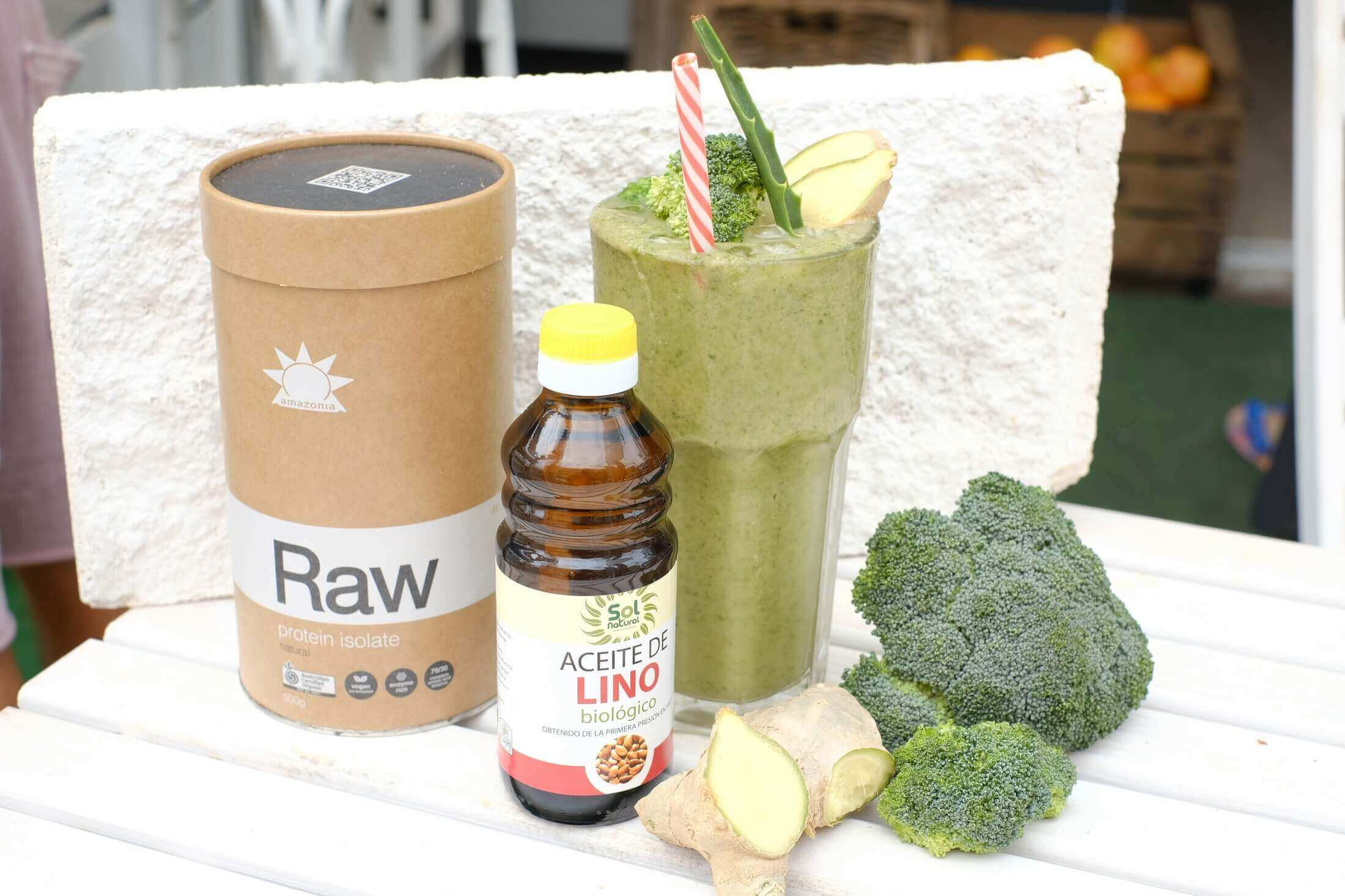 xl-green-machine-smoothie-ronis-deli-superfood-healthy